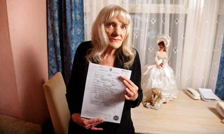 Barbara Shaw with the death certificate of her son Rod Richardson. Photograph: Linda Nylind for the Guardian