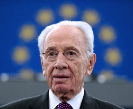 Israeli President Shimon Peres speaks at the European Parliament in Strasbourg, northeastern France, on March 12, 2013 (AFP, Frederick Florin)