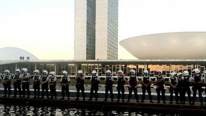 Police prepare for demonstrations in Brasilia Thursday evening (Photo courtesty of Mariana de Assis)